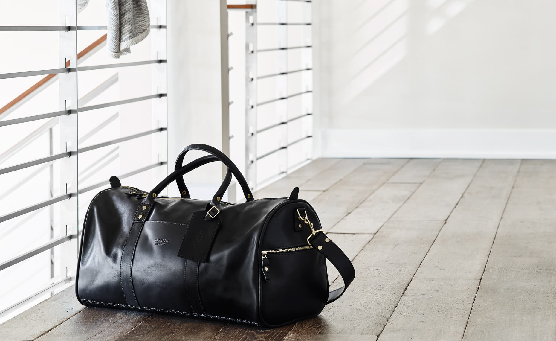 76VX_JWH_102015_CONTINENTAL_DUFFLE_HOMEPAGE_001